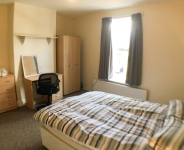17 Harland Road,Ecclesall,Sheffield S11 8NB,4 Bedrooms Bedrooms,1 BathroomBathrooms,Terraced,1123