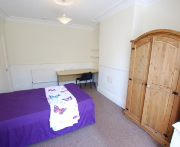 236 Crookesmoor Road,Crookesmoor,Sheffield S10 1BE,5 Bedrooms Bedrooms,1 BathroomBathrooms,Terraced,1128