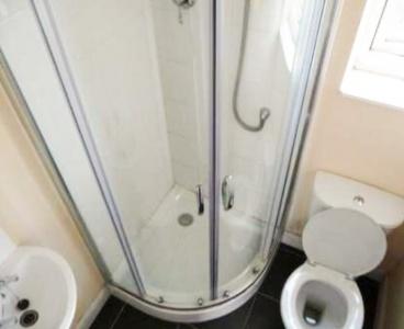 12 Burns Road,Crookesmoor,Sheffield S6 3GJ,5 Bedrooms Bedrooms,2 BathroomsBathrooms,Terraced,1133