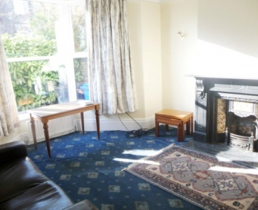 16 Moor Oaks Road,Broomhill,Sheffield S10 1BX,6 Bedrooms Bedrooms,2 BathroomsBathrooms,Semi-detached,1250