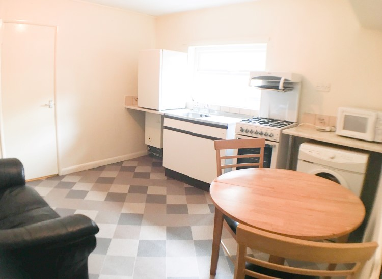 Flat 3,84 Monmouth Street,Broomhall,Sheffield S3 7RU,1 Bedroom Bedrooms,1 BathroomBathrooms,Flat,1339