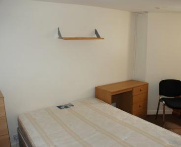 212 School Road,Crookes,Sheffield S10 1GL,7 Bedrooms Bedrooms,2 BathroomsBathrooms,Semi-detached,1040