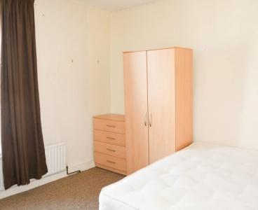 5 Eyam Road,Crookes,Sheffield S10 1UT,3 Bedrooms Bedrooms,1 BathroomBathrooms,Terraced,1477