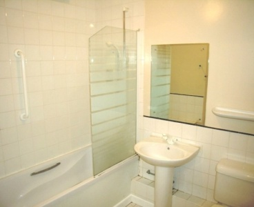 44 Broom Green,City Centre,Sheffield S3 7XF,2 Bedrooms Bedrooms,1 BathroomBathrooms,Flat,1484