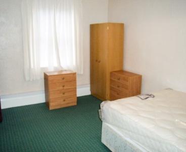 Sheffield,6 Valley Road,Meersbrook,Sheffield S8 9FT,2 Bedrooms Bedrooms,1 BathroomBathrooms,Flat,1537