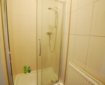 Sheffield,18a Manchester Road,Broomhill,Sheffield S10 5DF,4 Bedrooms Bedrooms,1 BathroomBathrooms,Flat,1570