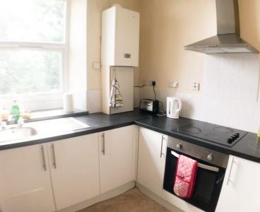 Sheffield,Flat 2,549 Crookesmoor Road,Crookesmoor,Sheffield S10 1BJ,2 Bedrooms Bedrooms,1 BathroomBathrooms,Flat,1575