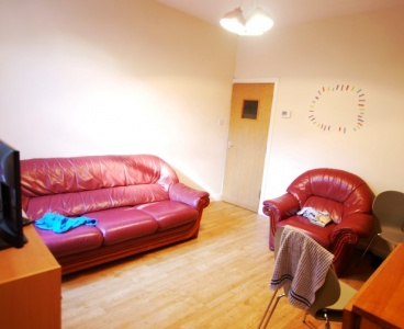 Sheffield,247 Springvale Road,Crookes,Sheffield S10 1LG,5 Bedrooms Bedrooms,2 BathroomsBathrooms,Terraced,1581