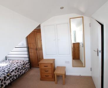 410 Springvale,Crookes,Sheffield S10 1LQ,4 Bedrooms Bedrooms,2 BathroomsBathrooms,Terraced,1582