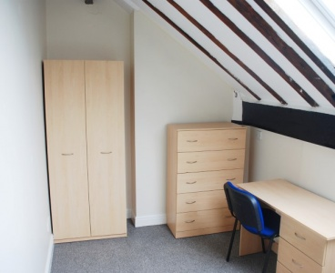 209 School Road,Crookes,Sheffield S10 1GN,6 Bedrooms Bedrooms,2 BathroomsBathrooms,Terraced,1077