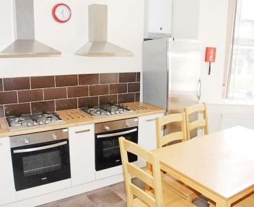 2 Beaufort Road,Broomhill,Sheffield S10 2ST,6 Bedrooms Bedrooms,2 BathroomsBathrooms,Terraced,1081